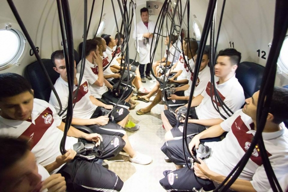 Novidade no futsal: Intelli recorre a 'arma' dos mergulhadores na preparação para Super Copa do Mundo de Futsal