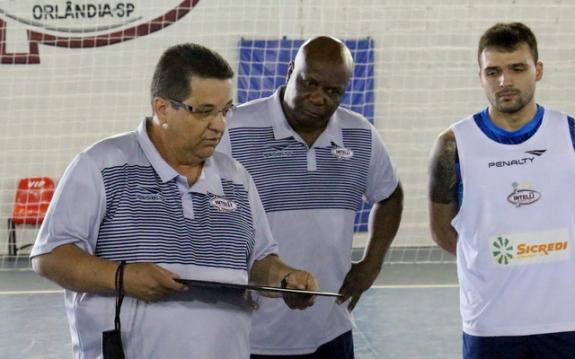 Intelli encara campeões mundiais do Magnus, no jogo de ida das quartas de final da LNF